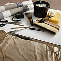 B&Q Foldable Decorating table (H)67mm (W)560mm (L)890mm