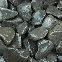 Blooma Black & grey Stone Cobbles, Large 22.5kg Bag