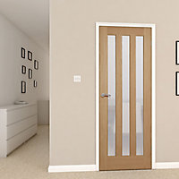 Vertical 3 panel Frosted Glazed Oak veneer LH & RH Internal Door, (H)1981mm (W)762mm