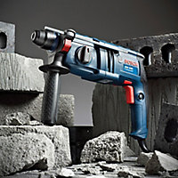 Bosch 620W 240V Corded SDS plus Brushed Hammer drill GBH2000