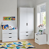Hartnett Matt white 3 piece Bedroom furniture set