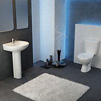Plumbsure Bodmin Close-coupled Toilet with Standard close Seat