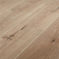 Stoke Natural Oak effect Laminate Flooring Sample