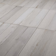 Norwegio Grey Matt Wood effect Ceramic Floor Tile Sample