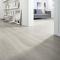 Sonara Natural oak effect Laminate flooring, 1.75m² Pack