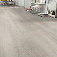Sonara Natural oak effect Laminate flooring, 1.75m² Pack