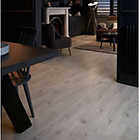 GoodHome Bilston White Oak effect Laminate flooring, 2.49m² Pack