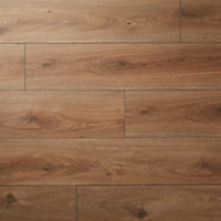 GoodHome Neston Natural Oak effect Laminate flooring, 1.3m² Pack