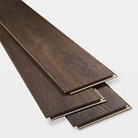 GoodHome Swanley Brown Natural oak effect Laminate flooring, 1.29m² Pack