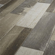 Worn wood Natural Matt Wood effect Porcelain Floor tile, Pack of 11, (L)600mm (W)150mm