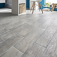Soft patinated Grey Matt Wood effect Porcelain Floor tile, Pack of 11, (L)600mm (W)150mm