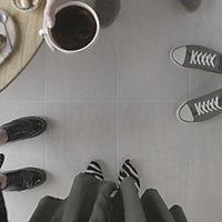 Soft travertin Ivory Matt Stone effect Porcelain Floor tile, Pack of 7, (L)600mm (W)300mm