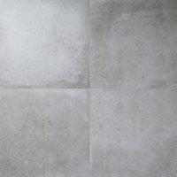 Kontainer Medium grey Matt Concrete effect Porcelain Floor tile, Pack of 3, (L)590mm (W)590mm