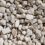 B&Q Cotswold buff Decorative stones, Bulk Bag