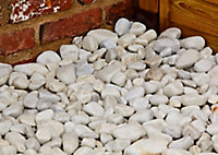 Blooma White Marble Rounded pebble, 22.5kg Bag
