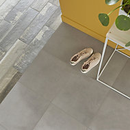 Konkrete Grey Matt Concrete effect Porcelain Floor tile, Pack of 10, (L)426mm (W)426mm