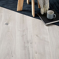 Colours Gladstone Grey Oak effect Laminate flooring, Sample