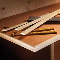 Pine Hockey stick Moulding (L)2.4m (W)26mm (T)8mm