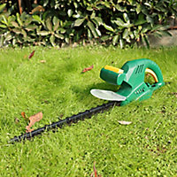B&Q FPHT450 450W 45cm Corded Hedge trimmer