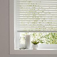 Studio White Aluminium Venetian Blind (W)180cm (L)180cm