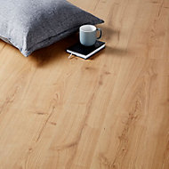 GoodHome Mackay Natural Oak effect Laminate flooring, 2.47m²
