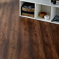GoodHome Tamworth Natural Oak effect Laminate flooring, 2.47m² Pack