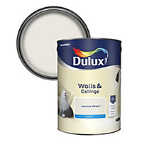 Dulux Natural hints Jasmine white Matt Emulsion paint, 5L