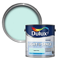 Dulux Light & space Lagoon falls Matt Emulsion paint 2.5L