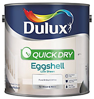 Dulux Quick dry Pure brilliant white Eggshell Metal & wood paint, 2.5L