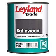 Leyland Trade Pure brilliant white Satinwood Metal & wood paint, 0.75L