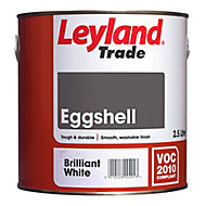 Leyland Trade Brilliant white Eggshell Wood & metal paint 0.75L
