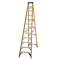 Werner 12 tread Aluminium & fibreglass Step Ladder (H)3.34m