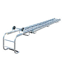 Werner Extending 21 tread Roof ladder