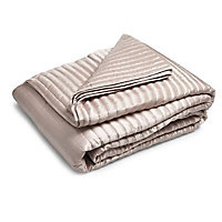 Oyster Ribbed Quilted Throw