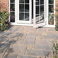 Wetherdale Mixed size paving pack (L)600
