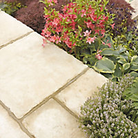 Weathered limestone Old Town Paving slab Pack of 35