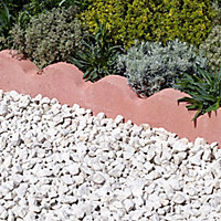 Scalloped Red Paving edging (H)150mm (W)600mm (T)50mm, Pack of 48