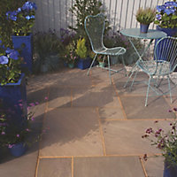 Colonial brown Natural Sandstone Mixed size paving pack (L)4905mm (W)3980mm, 19.52 m²