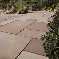 Imperial green Natural Sandstone Mixed size paving pack (L)4905mm (W)3980mm, 19.52 m²