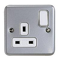 MK 13A Grey 1 gang Switched Metal-clad socket