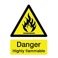 Danger highly flammable Self-adhesive labels, (H)200mm (W)150mm