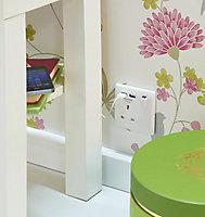 British General White Single USB socket, 2 x 2.1A USB