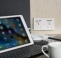 British General 13A White USB socket