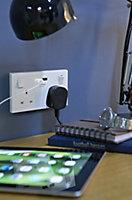 British General White Double USB socket, 2 x 2.1A USB