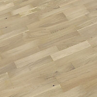 B&Q White Oak effect Real wood top layer flooring, 2.03m² Pack