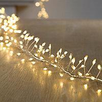 1200 Warm white LED Cluster string light