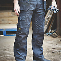 "DeWalt Pro Tradesman Black Trousers, W34"" L31"""
