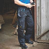 """DeWalt Pro Tradesman Black Trouser W38"""" L31"""""""