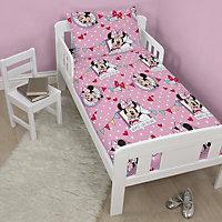 Disney Disney Minnie Mouse Minnie Mouse Pink Junior Bundle bed set