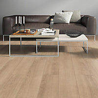 Marlow Natural oak effect Laminate flooring, 1.75m² Pack